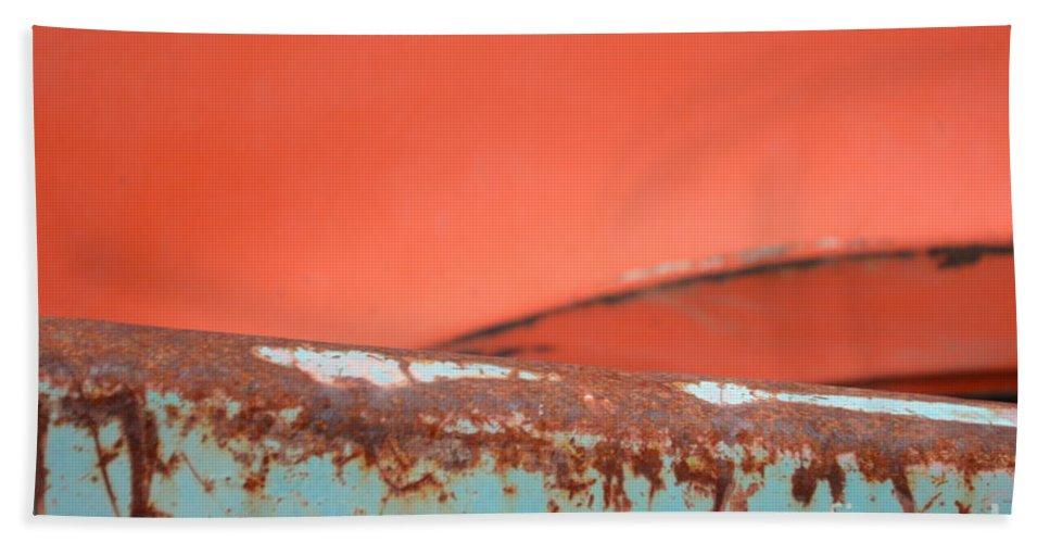 Rust Bath Sheet featuring the photograph Junkyard Horizon by Brian Boyle