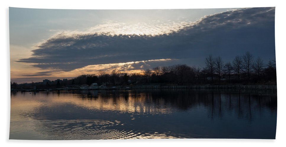 Just Before Sunset Bath Towel featuring the photograph Just Before Sunset - Gray Clouds And Ripples by Georgia Mizuleva