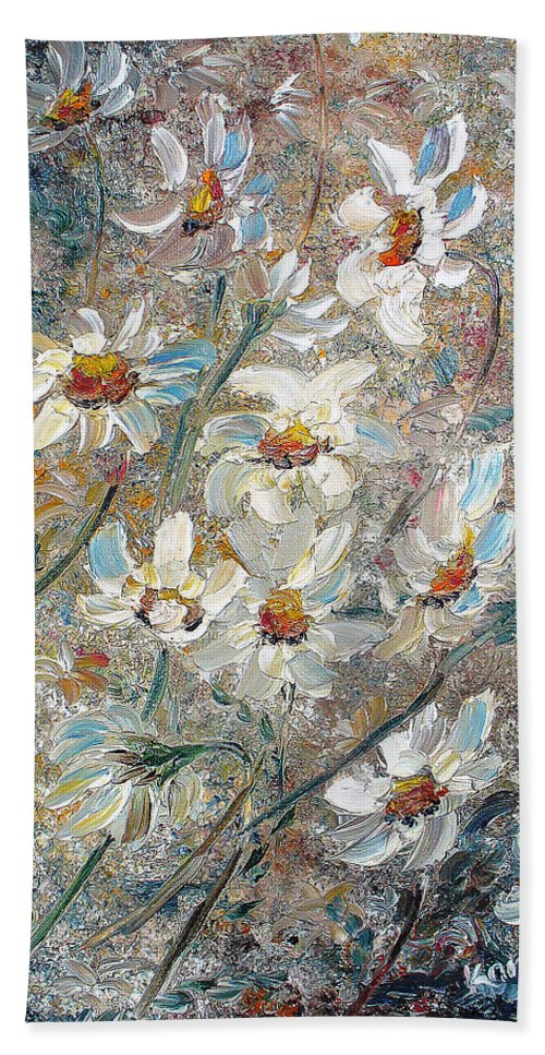 Daisies Painting Abstract Flower Painting Botanical Painting Bloom Greeting Card Painting Bath Sheet featuring the painting Just Dasies by Karin Dawn Kelshall- Best