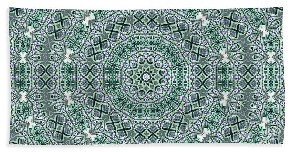 Kaleidoscope Bath Towel featuring the digital art Kaleidoscope 31 by Ron Bissett