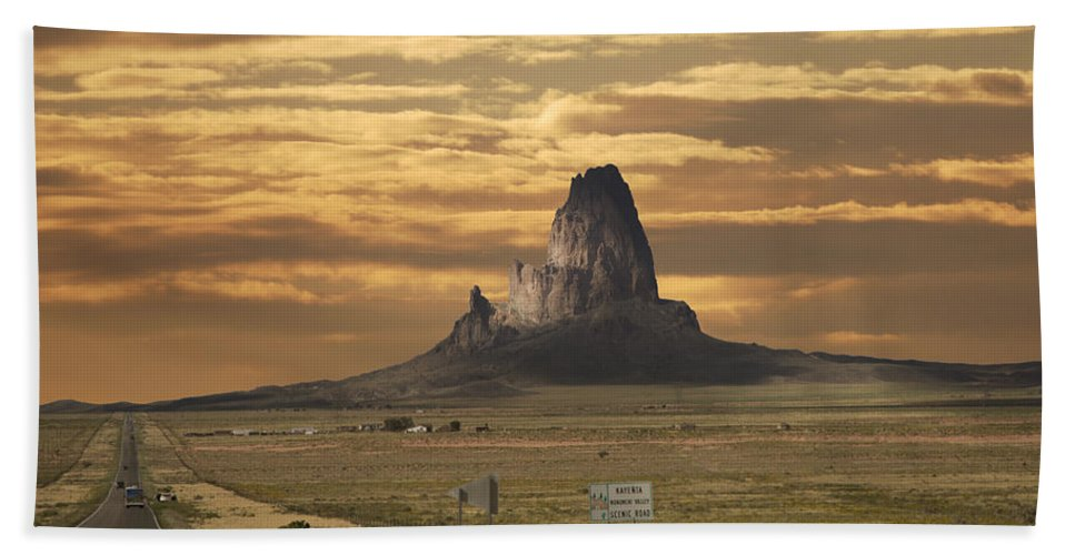 Kayenta Monument Valley Bath Sheet featuring the photograph Kayenta Monument Valley by Randall Branham