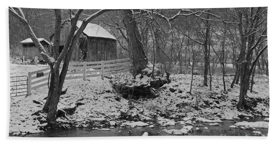 Rural Hand Towel featuring the photograph Kentucky Snow by Mary Carol Story