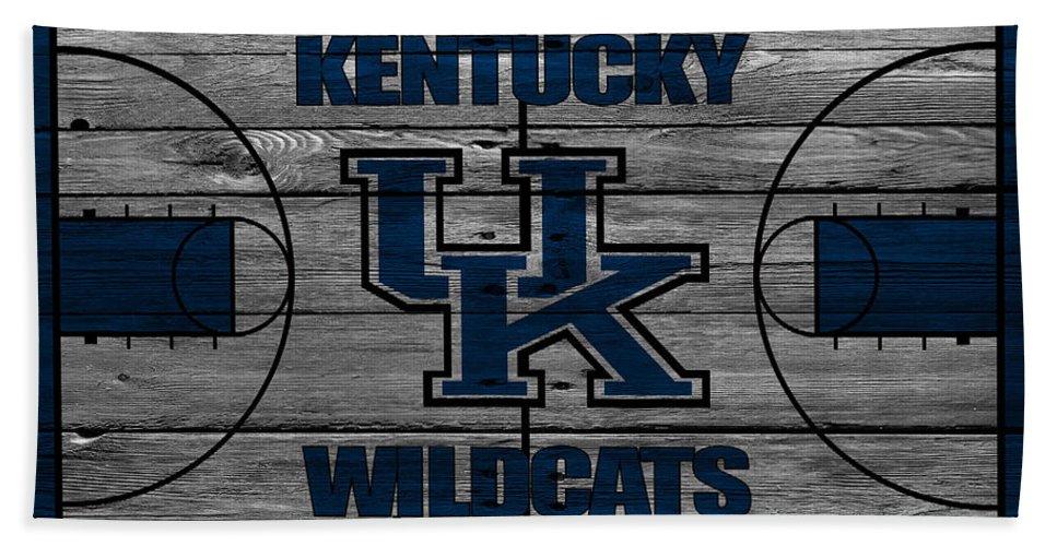 Wildcats Hand Towel featuring the photograph Kentucky Wildcats by Joe Hamilton
