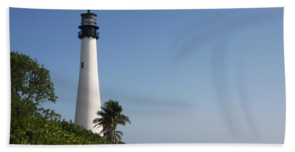 Ligthouse Hand Towel featuring the photograph Key Biscayne Lighthouse by Christiane Schulze Art And Photography