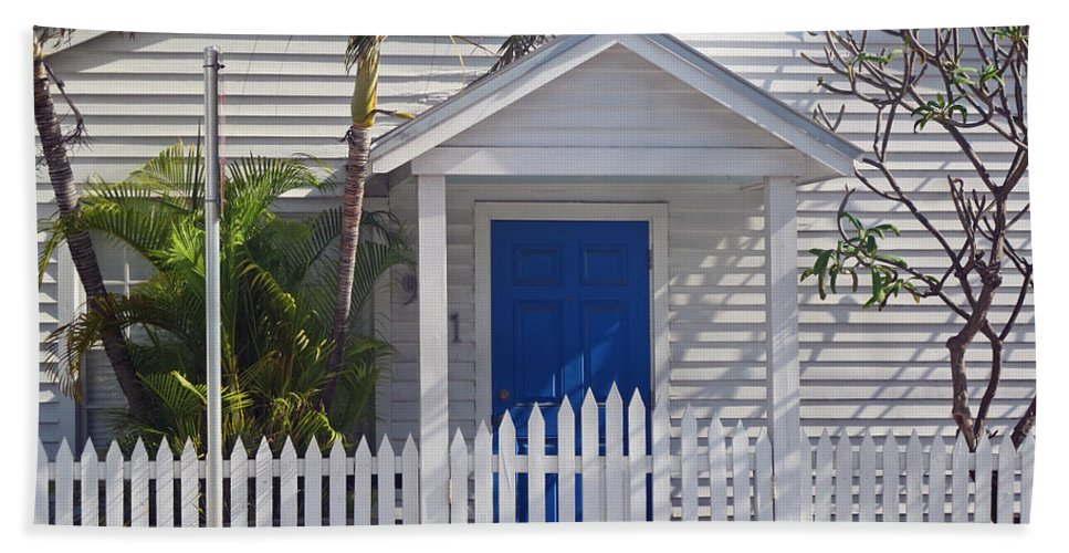 Key West Hand Towel featuring the photograph Key West Fl 43 by Jeff Brunton
