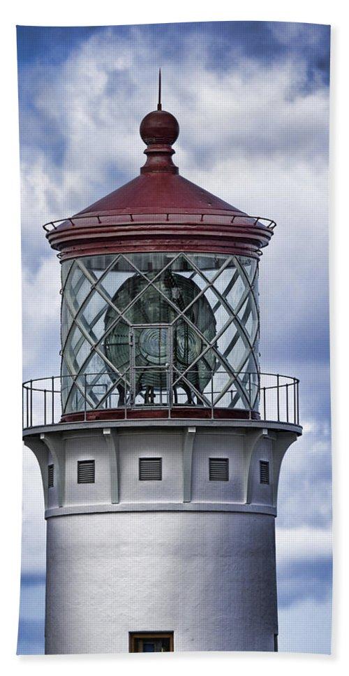 Kilauea Point Lighthouse Hawaii Hawaii Bath Sheet featuring the photograph Kilauea Point Lighthouse Hawaii by Douglas Barnard
