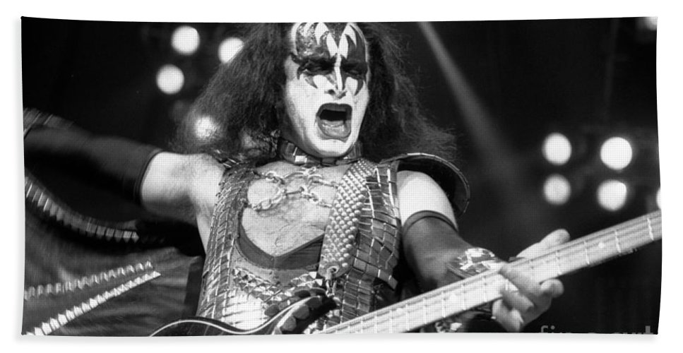 Gene Simmons Bath Sheet featuring the photograph Kiss-gene-gp09 by Timothy Bischoff