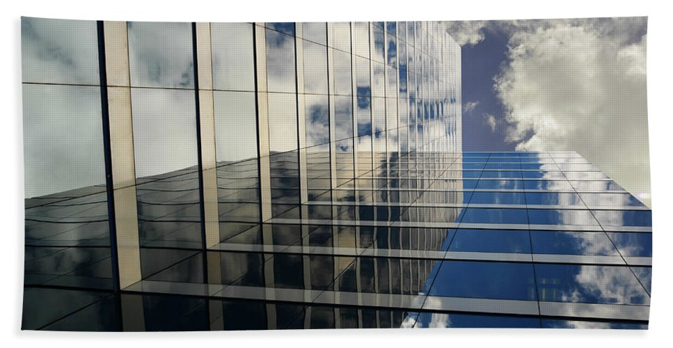 Sky Bath Sheet featuring the photograph Kiss The Sky by Laura Fasulo