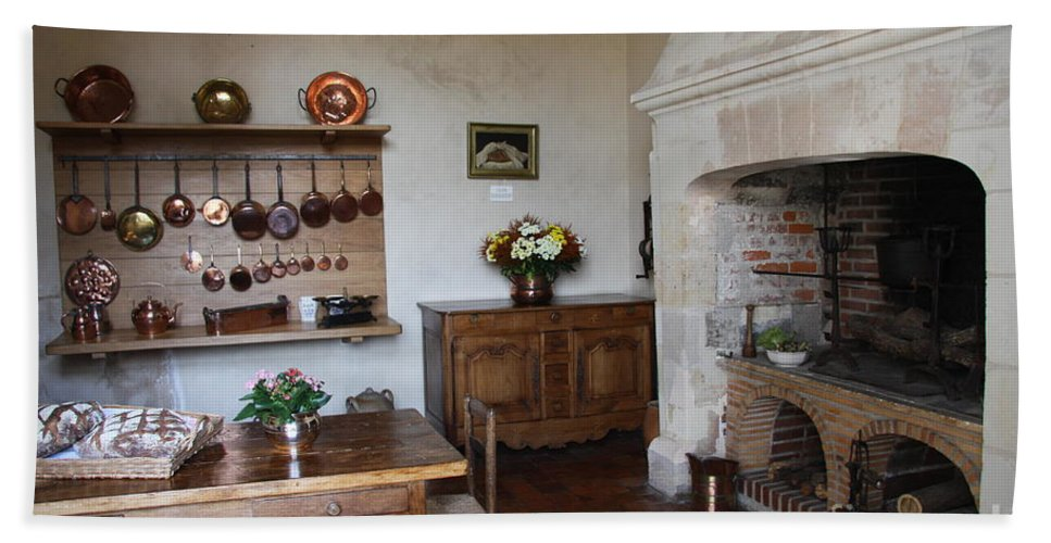 Kitchen Bath Sheet featuring the photograph Kitchen At Chateau Villandry by Christiane Schulze Art And Photography