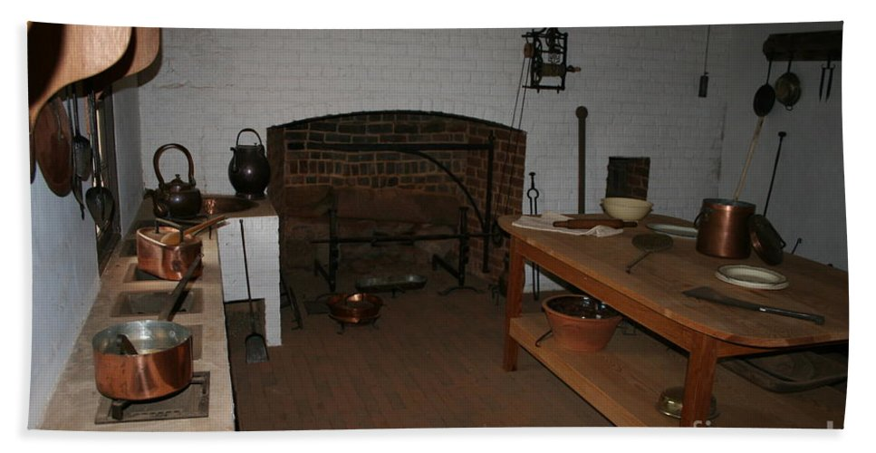 Kitchen Bath Sheet featuring the photograph Kitchen At Monticello by Christiane Schulze Art And Photography