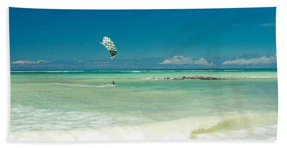 Kite Beach Bath Sheet featuring the photograph Kite Beach Kanaha Maui Hawaii by Sharon Mau