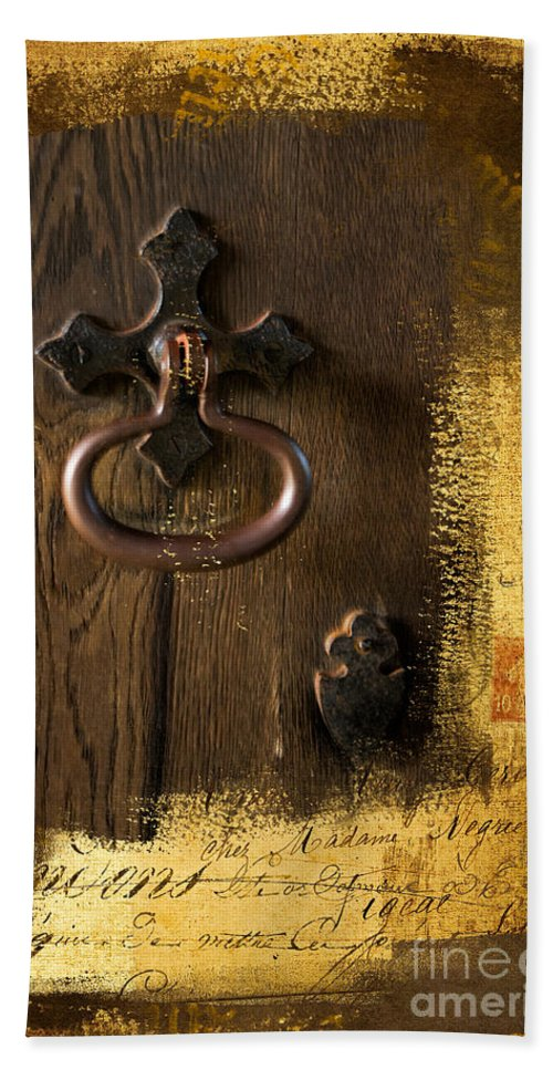 Brown Hand Towel featuring the photograph Knock At The Door by Gillian Singleton