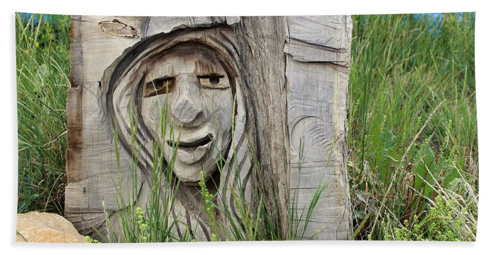 Lady Bath Sheet featuring the photograph Lady In Wood by Fiona Kennard