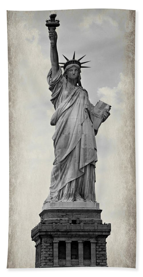 Statue Of Liberty Bath Sheet featuring the photograph Lady Liberty No 6 by Stephen Stookey