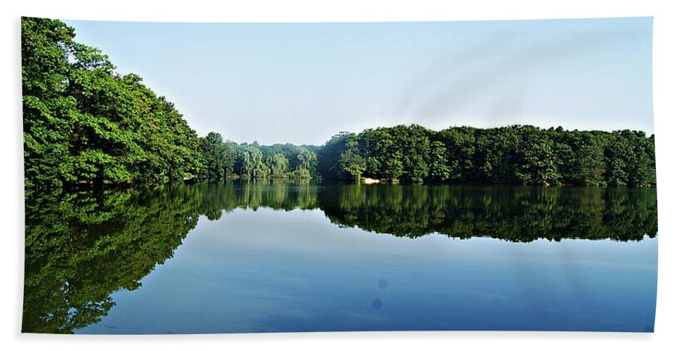 Lagoon Bath Sheet featuring the photograph Lagoon II by Joe Faherty