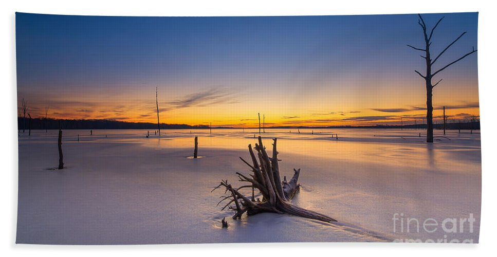 Frost Bite Hand Towel featuring the photograph Laid To Rest by Michael Ver Sprill