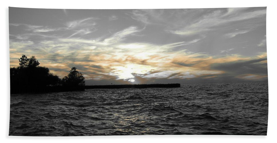 Lake Erie Hand Towel featuring the photograph Lake Erie Lights by Michael Krek