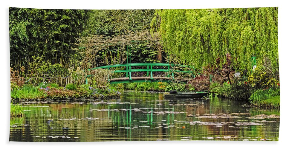 Travel Hand Towel featuring the photograph Lake Of Monet by Elvis Vaughn