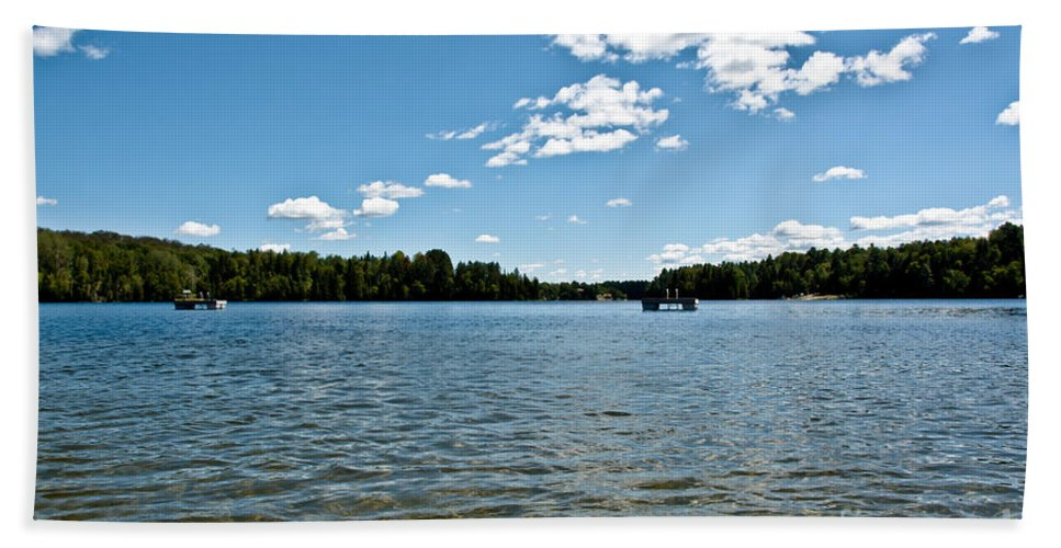 Water Hand Towel featuring the photograph Lake View by Cheryl Baxter