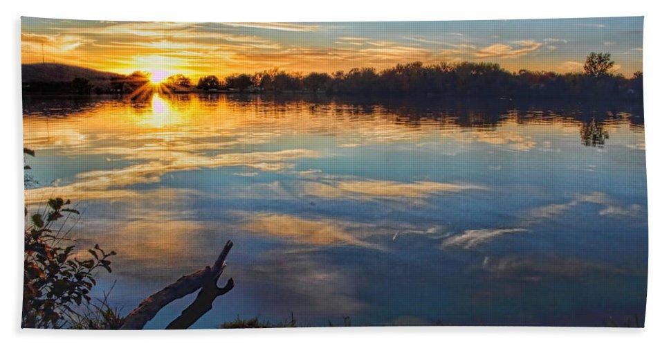 Dale Kauzlaric Bath Sheet featuring the photograph Memorial Park Sunset by Dale Kauzlaric