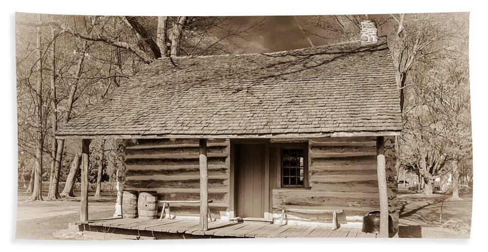 Clarence Ny Bath Sheet featuring the photograph Landow Log Cabin 7d01723b by Guy Whiteley