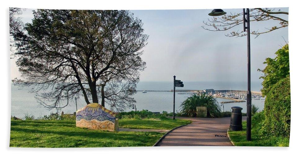 Lyme-regis Hand Towel featuring the photograph Langmoor-lister Gardens -- Lyme Regis by Susie Peek