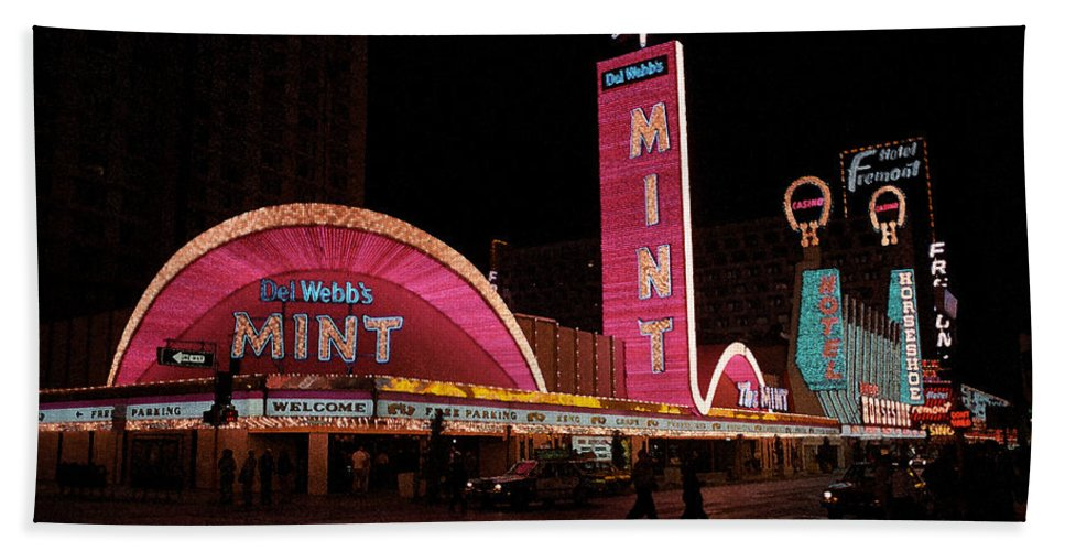 America Hand Towel featuring the photograph Las Vegas With Watercolor Effect by Frank Romeo
