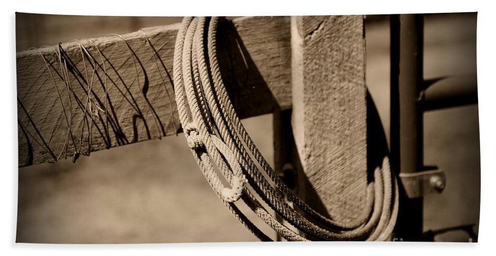 Paul Ward Bath Sheet featuring the photograph Lasso On Fence Post Rustic by Paul Ward