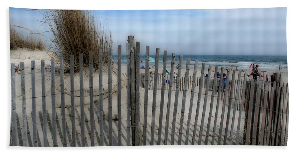 Landscapes Beach Art Sand Art Fence Wood Sky Blue Summertime Ocean Bath Towel featuring the photograph Last Summer by Linda Sannuti