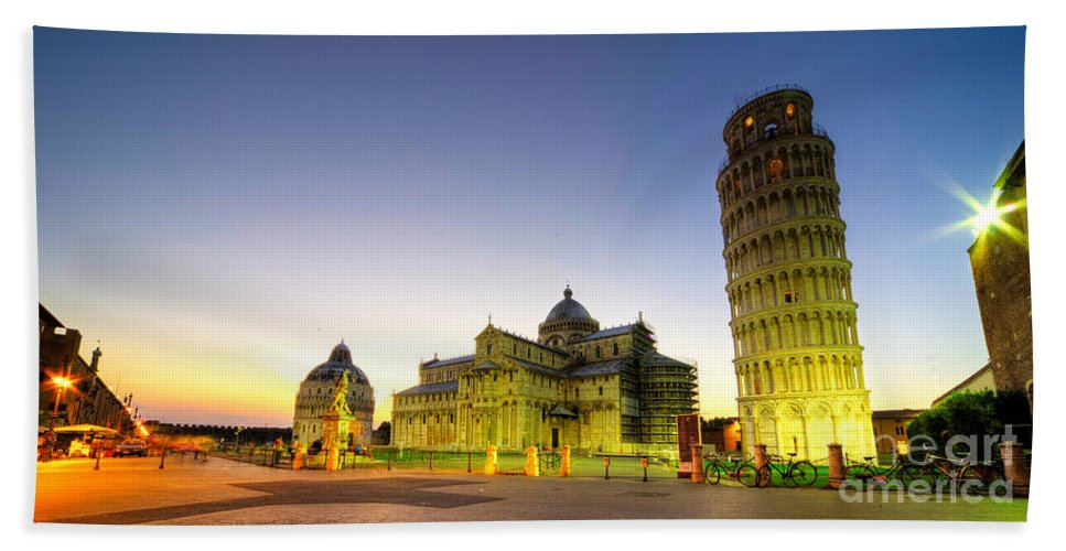 Pisa Bath Sheet featuring the photograph Leaning Tower By Dusk by Rob Hawkins