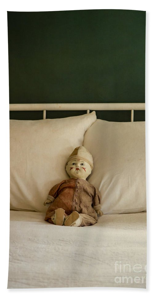 Doll Bath Sheet featuring the photograph Left Behind by Edward Fielding