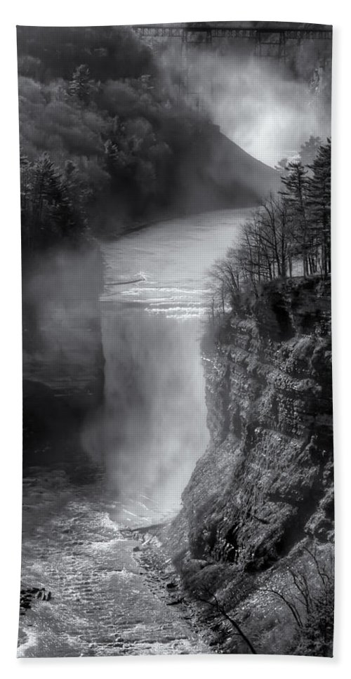 Letchworth State Park Hand Towel featuring the photograph Letchworth In Winter by Joshua House