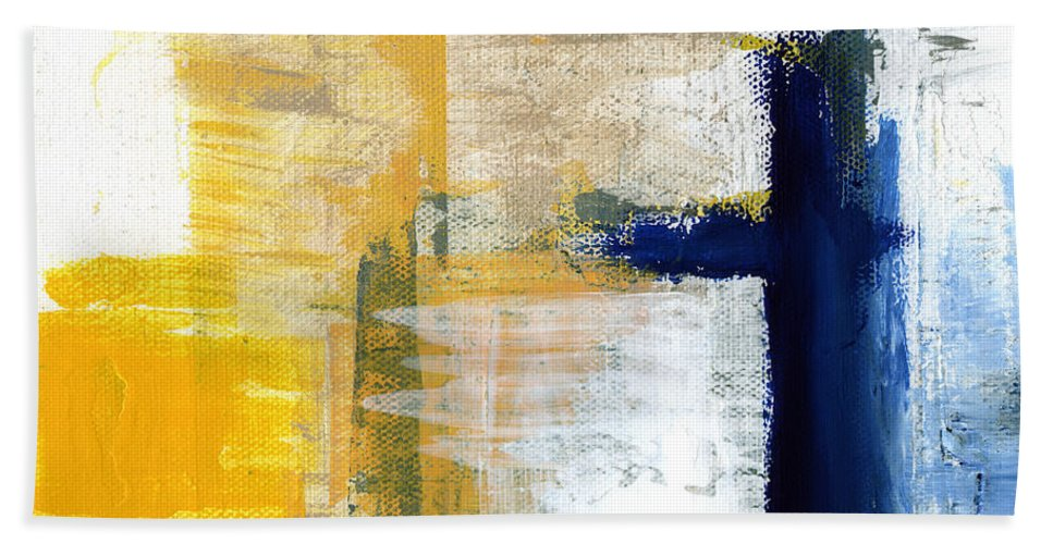 Abstract Bath Towel featuring the painting Light Of Day 3 by Linda Woods