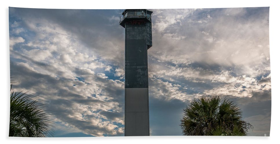 Sullivan's Island Lighthouse Hand Towel featuring the photograph Lighthouse by Dale Powell