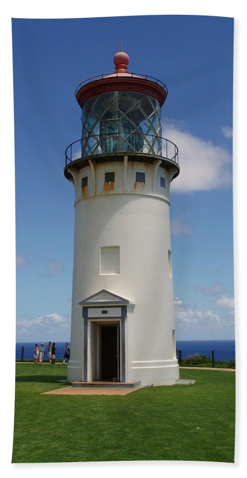 Hawaii Hand Towel featuring the photograph Lighthouse In Paradise by Eric Swan