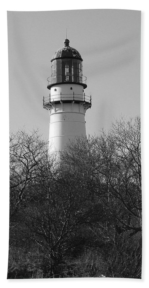 Lighthouse Hand Towel featuring the photograph Lighthouse In Trees by Eric Swan