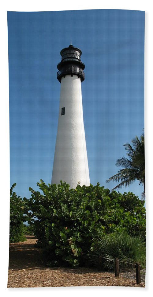 Light Hand Towel featuring the photograph Lighthouse On Key Biscayne by Christiane Schulze Art And Photography