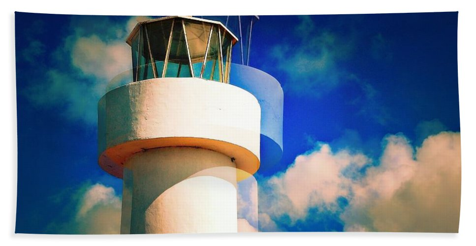 Lighthouse Bath Sheet featuring the photograph Lighthouse To The Clouds by David Coleman