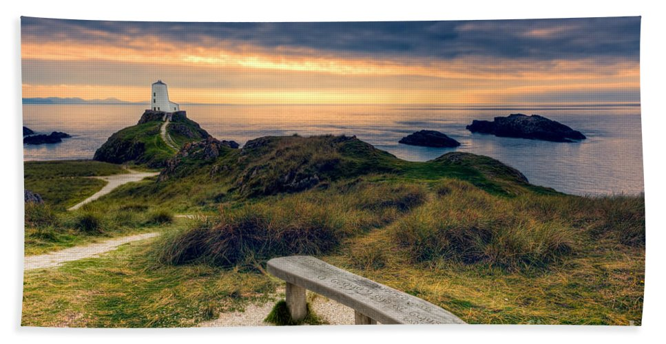 Anglesey Bath Sheet featuring the photograph Lighthouse View by Adrian Evans
