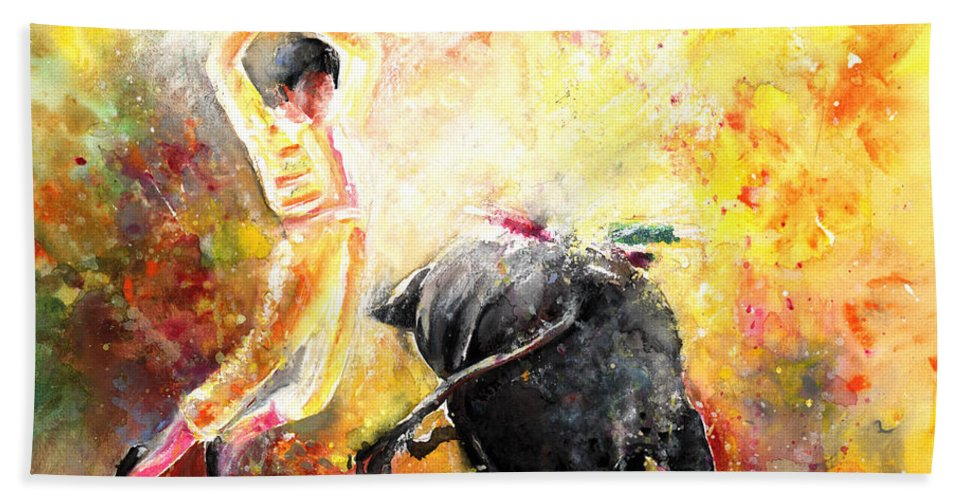 Animals Bath Towel featuring the painting Lightning Strikes by Miki De Goodaboom