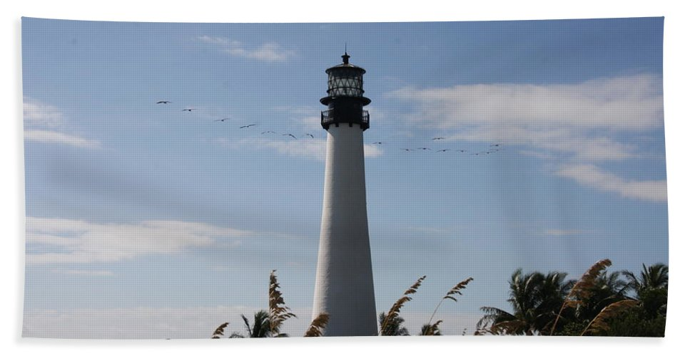 Ligthouse Hand Towel featuring the photograph Ligthouse - Key Biscayne by Christiane Schulze Art And Photography