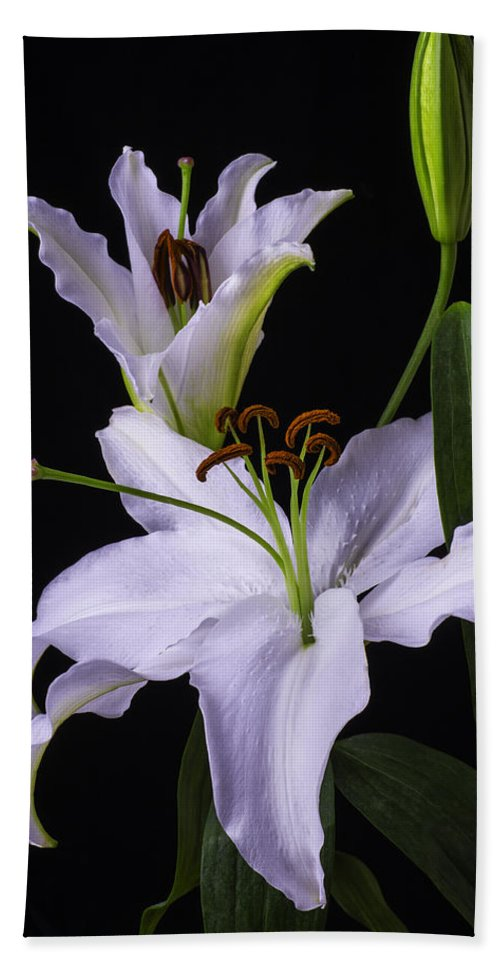 White Tiger Lily Bath Towel featuring the photograph Lily's In Bloom by Garry Gay