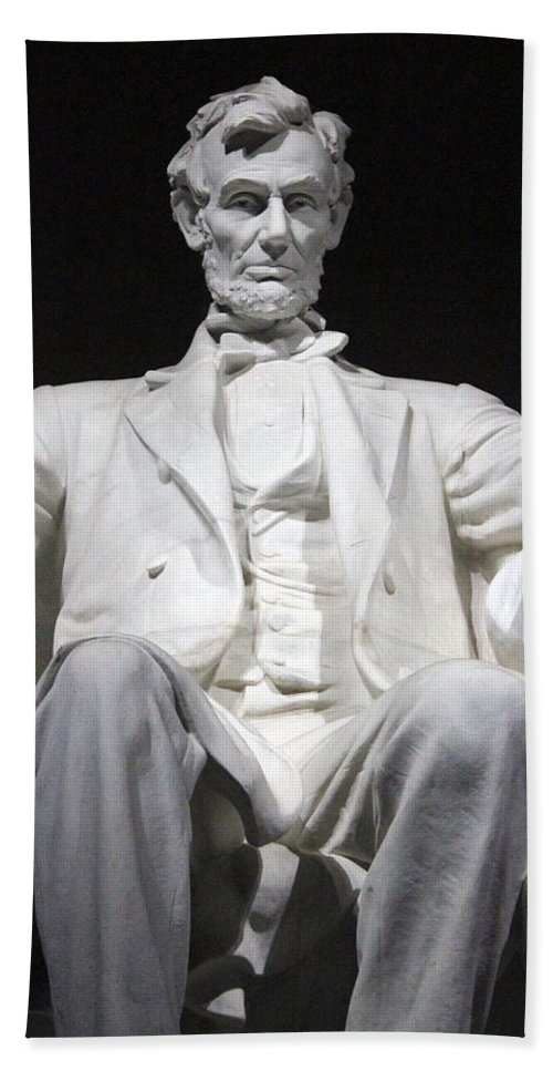 Abraham Lincoln Hand Towel featuring the photograph Lincoln1 by Carolyn Stagger Cokley