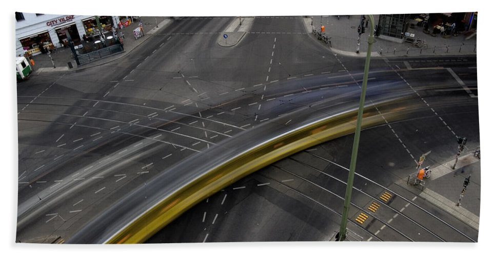 Street Bath Sheet featuring the photograph Lines And Strokes by RicardMN Photography