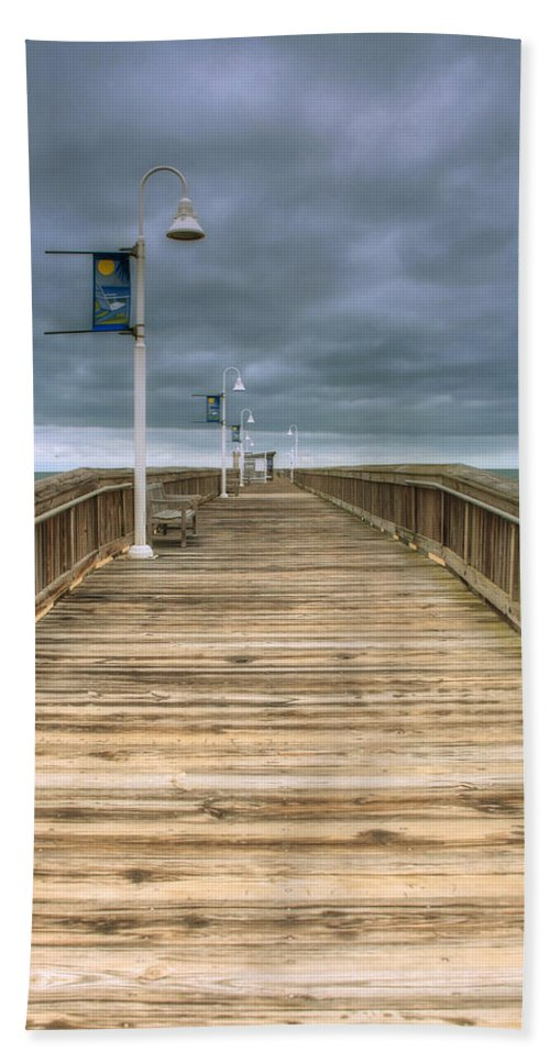 Abstract Bath Sheet featuring the photograph Little Island Pier by Pete Federico