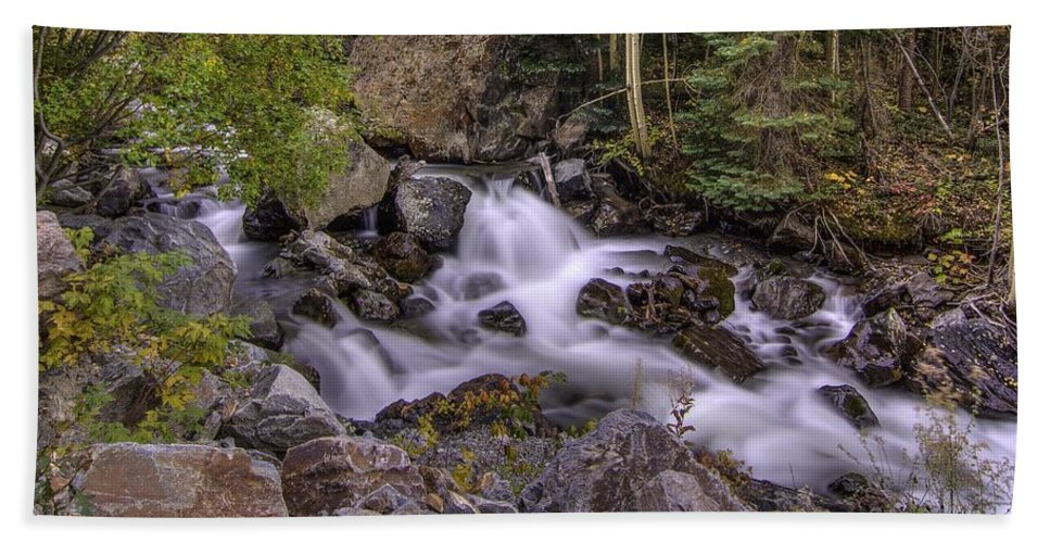 Waterfalls Hand Towel featuring the photograph Living Waters by Bill Sherrell