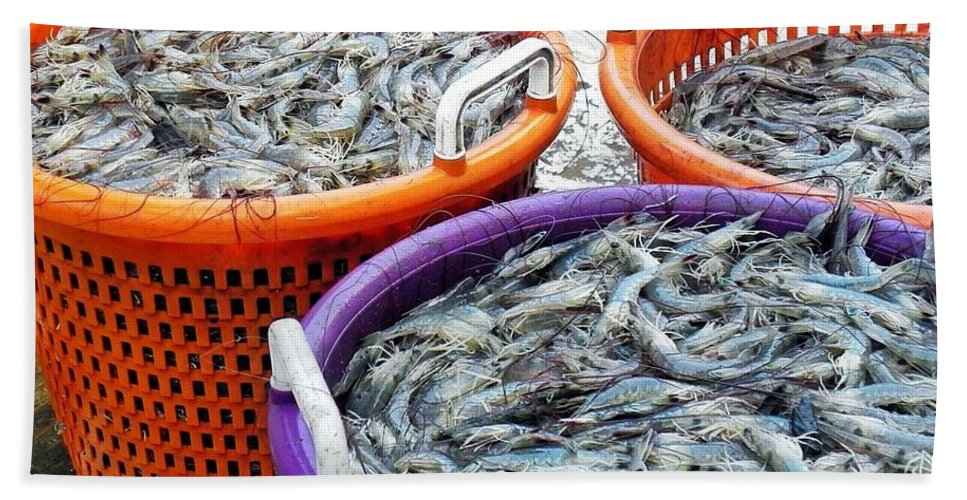 Shrimp Bath Sheet featuring the photograph Loaves And Fishes by Patricia Greer