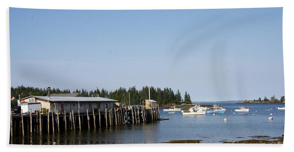 Port Hand Towel featuring the photograph Lobster Wharf by Christiane Schulze Art And Photography