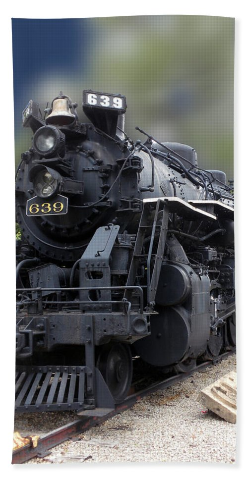 Railroad Hand Towel featuring the photograph Locomotive 639 Type 2 8 2 Front And Side View by Thomas Woolworth
