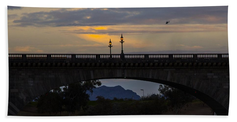 Lake Havasu City Hand Towel featuring the photograph London Bridge by Angus Hooper Iii